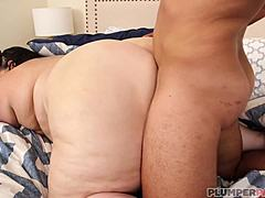 Plump lady mom (Sex Break-Facial) 1080p Mom Porn