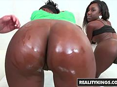 RealityKings   far and near and Brown   Molleuex Au Chocolat Naomi Gamble Sean Lawles   2 To Do